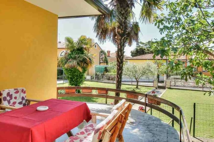 Wonderful house in Umag/pets friendly/ with piano