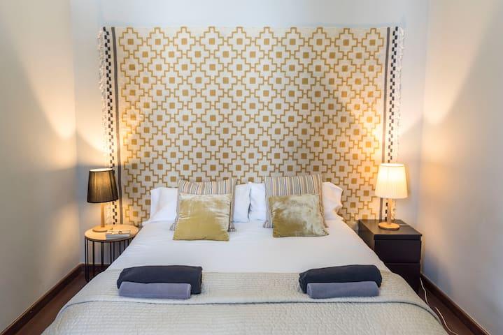 Apartment La Rambla 5 Bedrooms