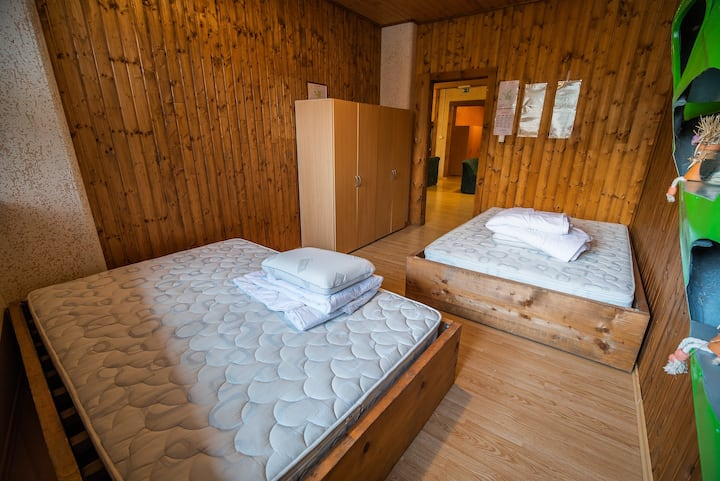 Quadruple room at Hostel Paradiso