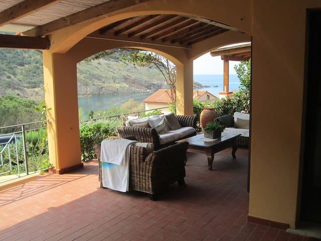Appartamento sulla spiaggia di  Nisporto - Rio nell'Elba - Apartment