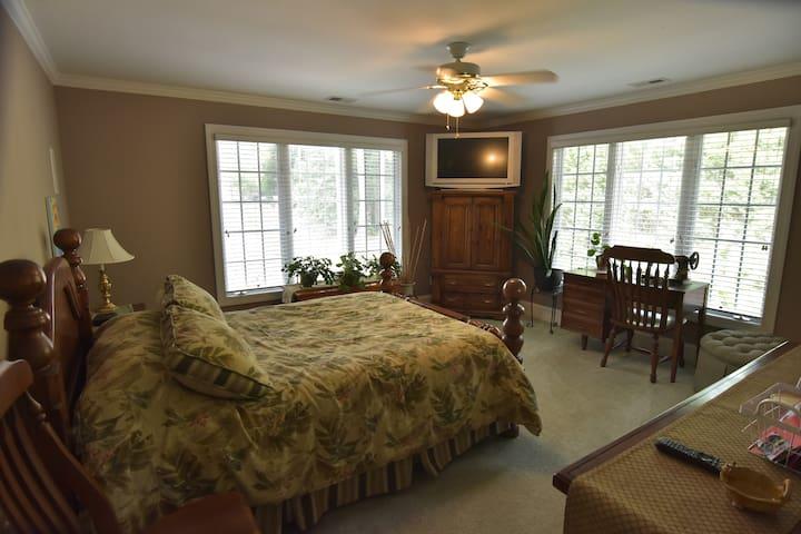Tropical Queen Bedroom