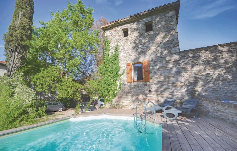 Holiday apartment with 2 bedrooms on 66 m² in Les Salles du Gardon