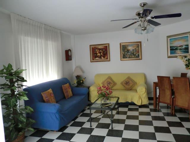 Apartamento 114m2 a 8o m de la playa