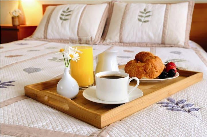 Confortevole camera matrimoniale - Castelbuono - Appartement
