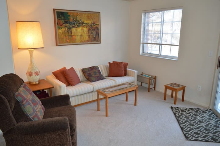 Quiet & cozy 1 bedroom apartment - Littleton - Wohnung