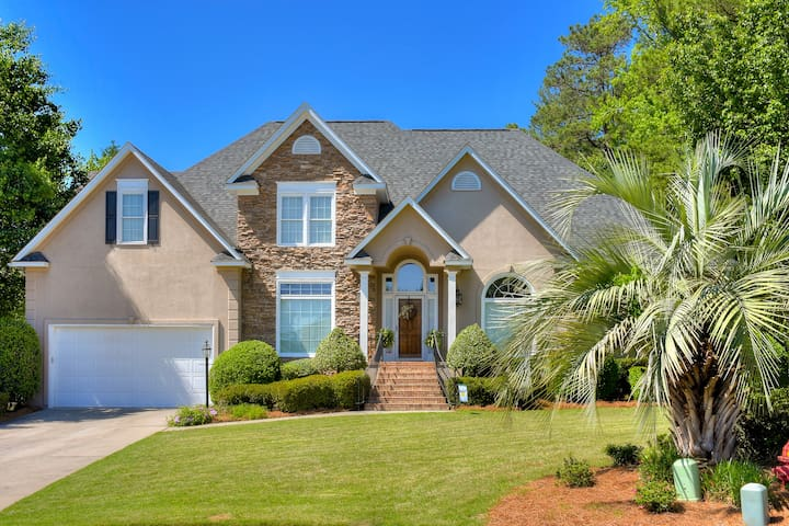 Great house for Masters, 5 miles from the course.