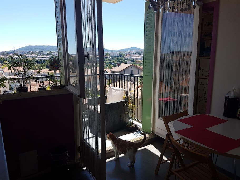 Bel appartement clermont centre avec terrasse - Appartement meuble a louer clermont ferrand ...