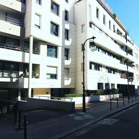 2 pièces standing - 43m² - Paris