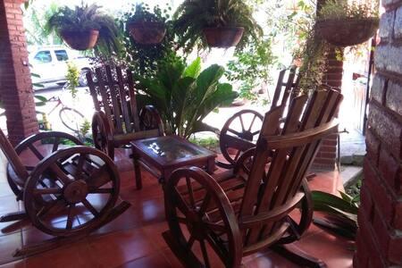 Cocibolca house & Adventure - San Jorge - Haus