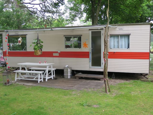 Mobile home: ideal for children - Castricum - Camper/Roulotte