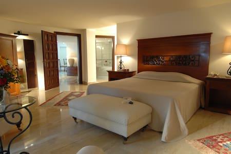 Single Bedroom Villa - İçmeler Belediyesi - Villa
