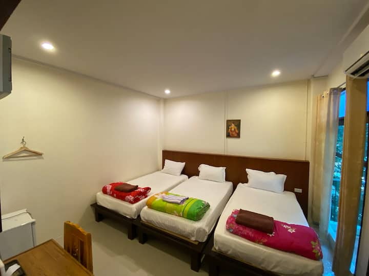 Jitra Resort Sukhothai, Superior Triple Beds Room