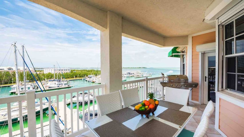 **SUNSET DREAMS @ SUNSET MARINA** Condo / Pool & Spa + LAST KEY SERVICES...