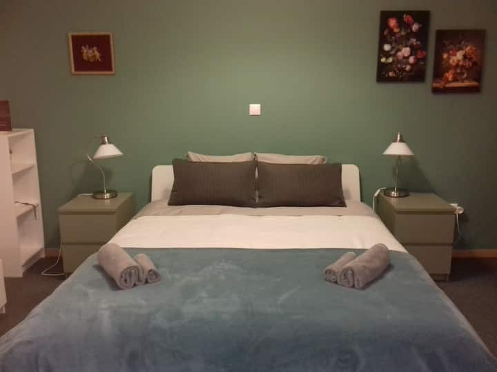 Cozy Suite @Ag.Theodoron Sqr 5min from Syntagma