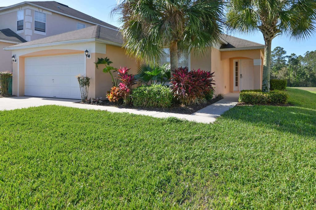 This elegant and spacious family vacation home is located on the Emerald Island community - just minutes from Walt Disney World® Resort and all of the Orlando attractions.