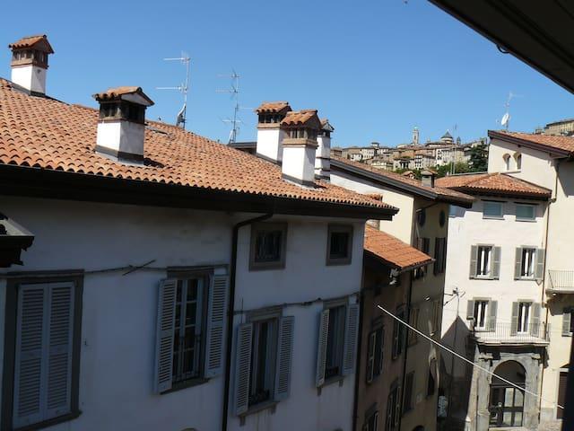 Stanza sui tetti 2
