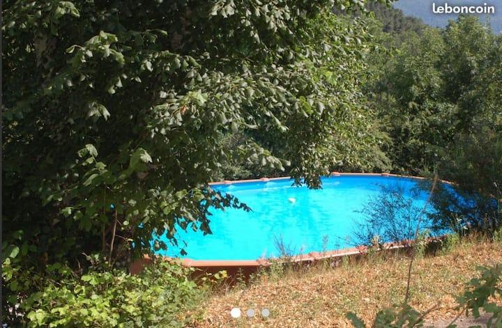 Domaine la vieille Gîte 12 personnes avec piscine