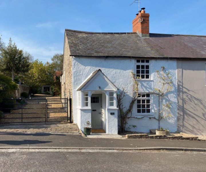 A cosy cottage set in the smallest town in Dorset