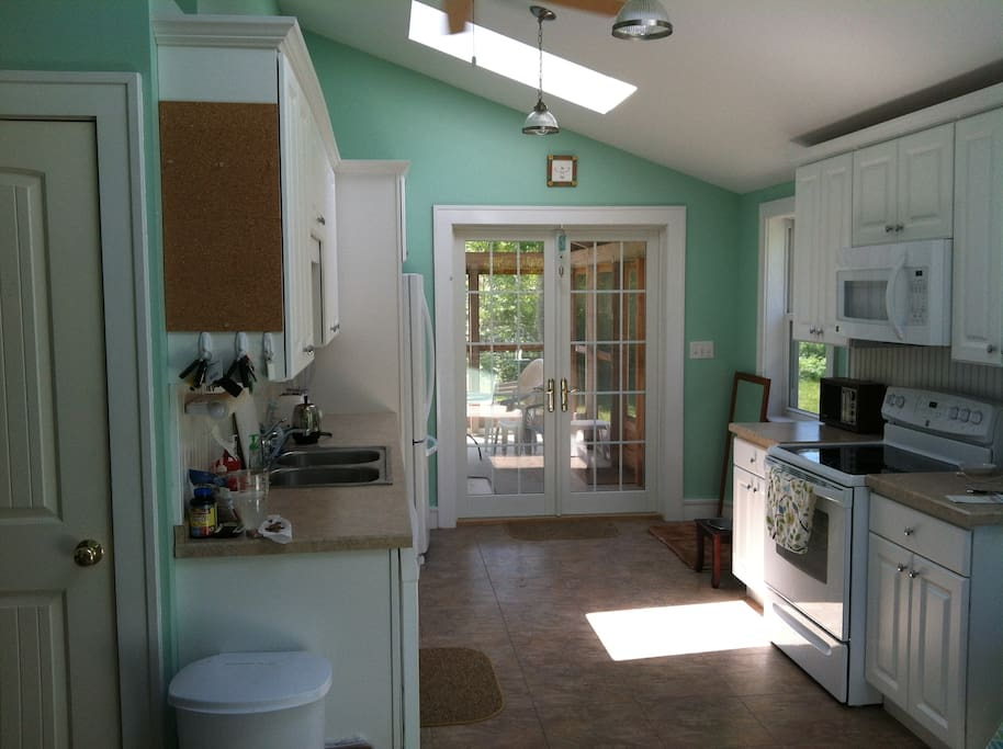 kitchen looking to screened in porch