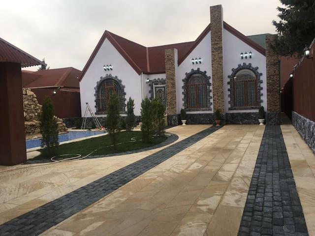 Mardakan,Baku,Azerbaijan Villa with Pool