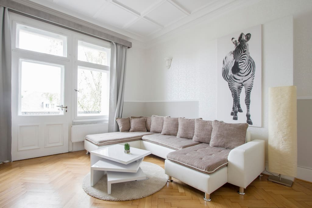 Lemony lodges dresden 6 appartements louer dresde for Canape dresden neustadt