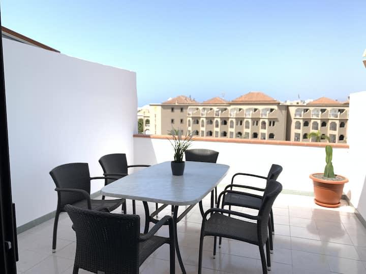 Apartment next to Playa de las Vistas