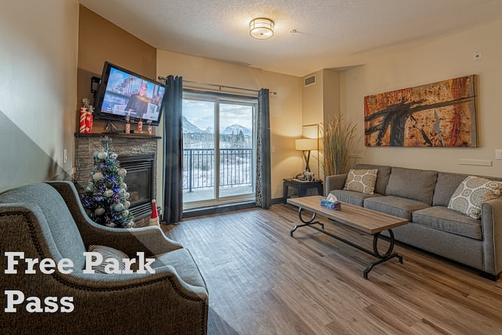Mountain View Condo in Canmore's most Comfy Resort