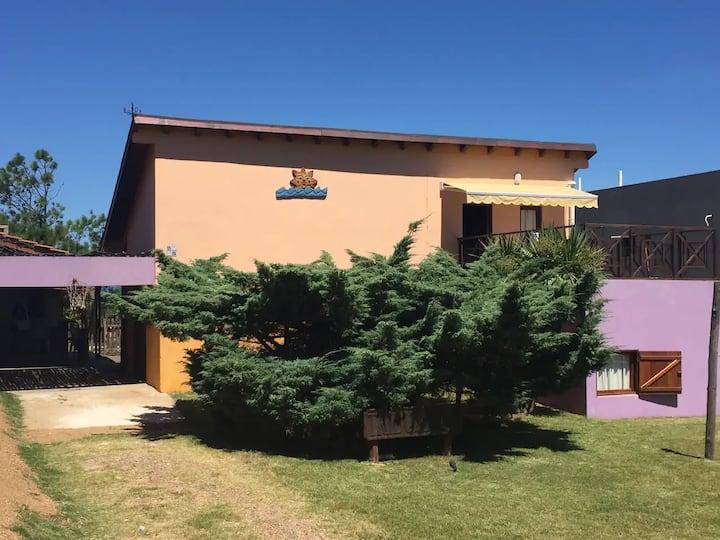 Casa con jacuzzi, cerca de playa de Punta Colorada