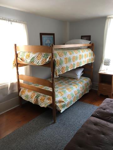 Bedroom #5 Bunk beds