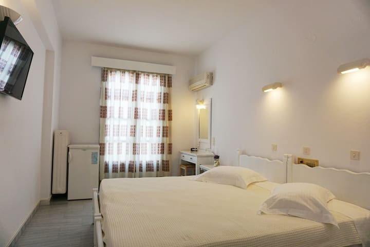 Standard Plus Double Room 3 (Polos Hotel)