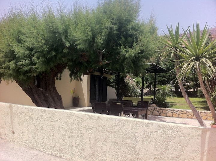 MiniVillas-Ideal house for family,30m from the sea