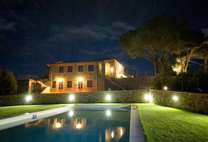Vine Cantina 1BR Apartment with pool in Tuscany - Montalcino - Wohnung