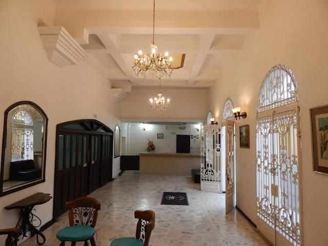 Hotel Miami SM