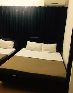 Uncle Guesthouse Budget Triple Room - Kuala Terengganu