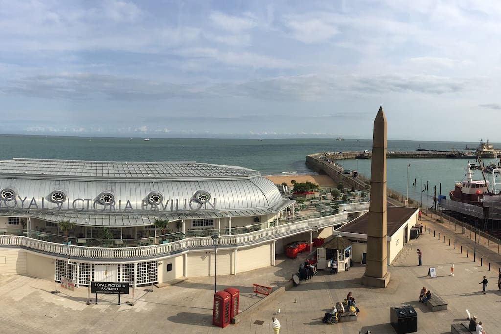 A snippet of your panoramic balcony view