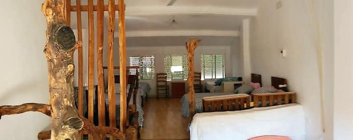 CALANURI, Ecofriendly Country Home.  Room 4