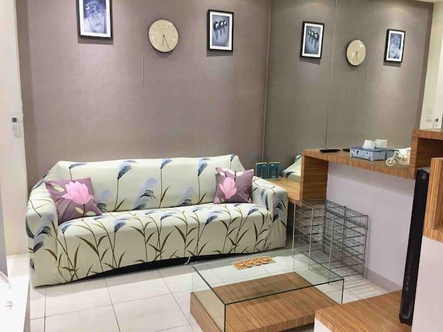 Living Room (3seater sofa)