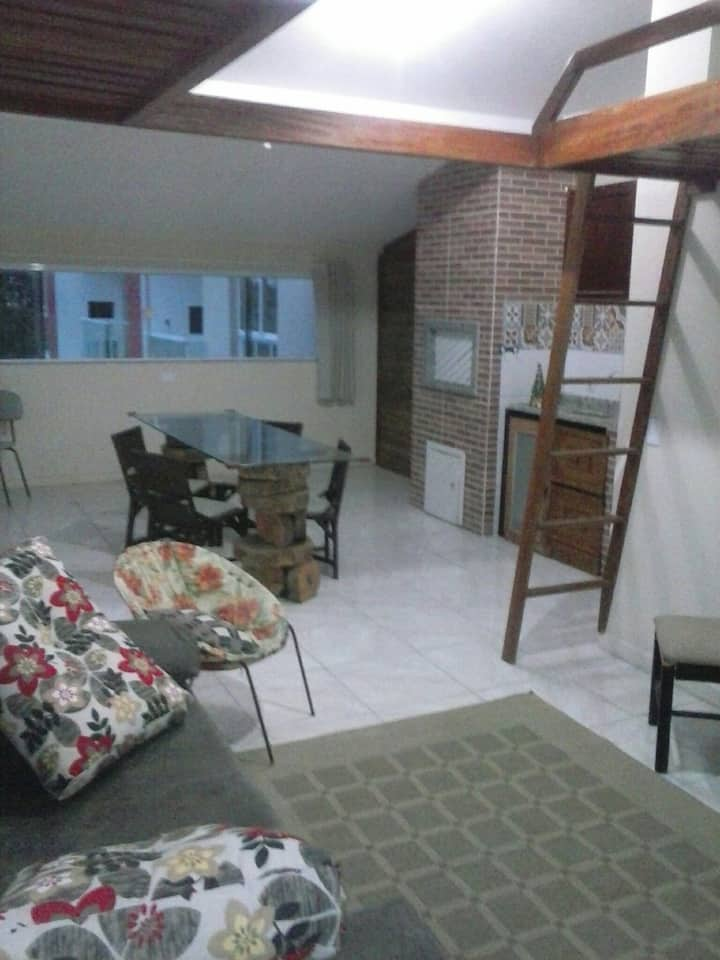 Cobertura 2 quartos Praia da Vila Imbituba.