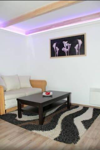 B&L Apartment