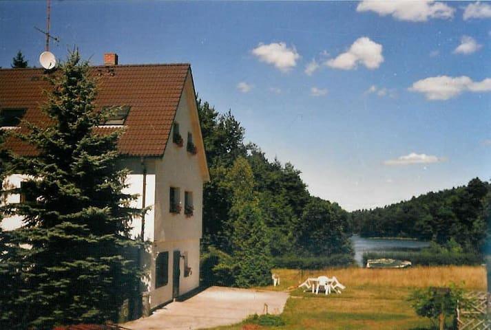Appartement - Haus am Mittelsee über Tiefensee