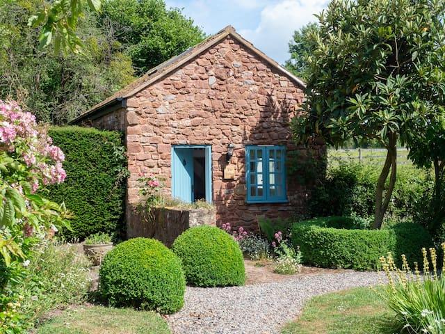 Luxury barn conversion in beautiful garden setting