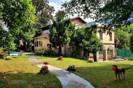 Villa Cesarina con Piscina Lago di Garda/ Salo'