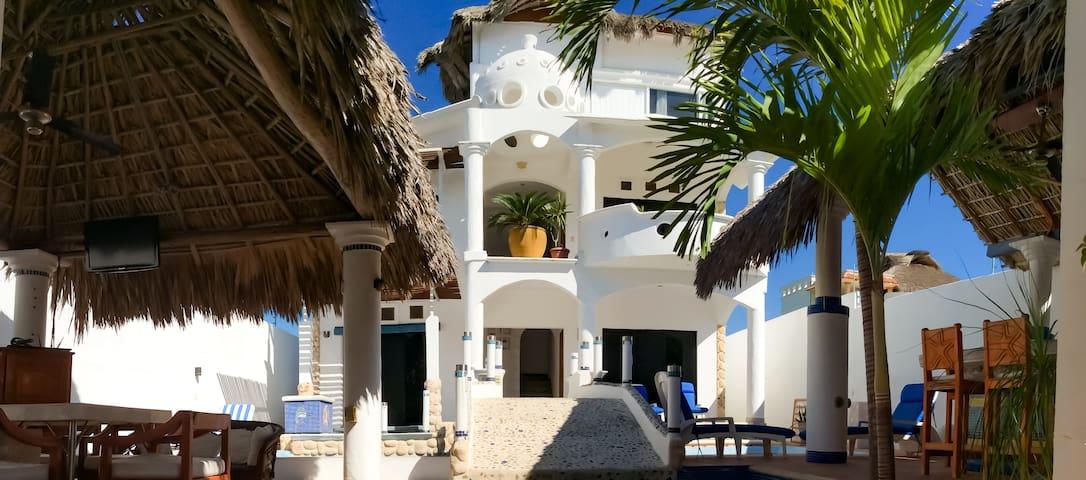 Quinta Lili Boutique House Hotel (Blue view)