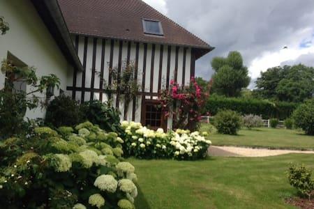 Maison normande au coeur des haras - Saint-Désir - Dom