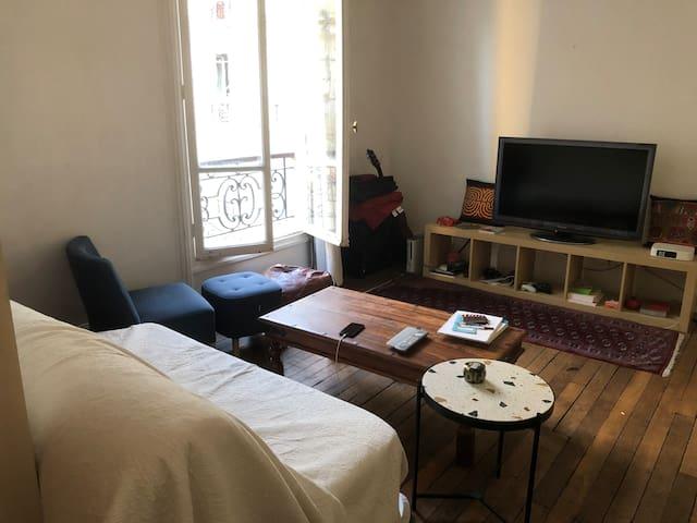Appartement Haussmannien entre Opéra et Montmartre