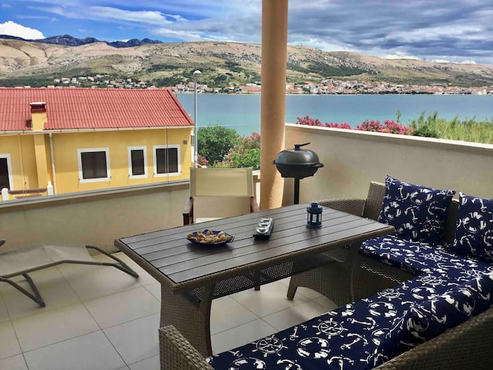 Apartment Pag Sea, A4+1, with terace and sea view