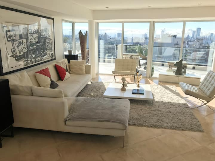 Serviced 130 m2 VIP Penthouse suite Amazing view.