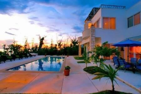 MAYA – EDEN5 - Palm Beach Gardens