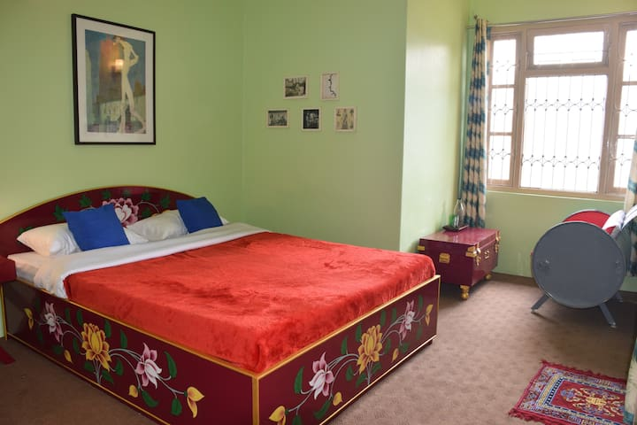 Luitel Homestay - Artsy Luxury retreat - Room 4