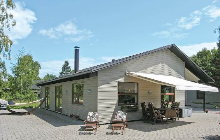 Holiday cottage with 3 bedrooms on 112m² in Jægerspris